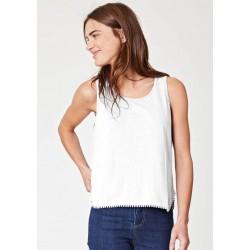 Hemp T-shirt embroidery